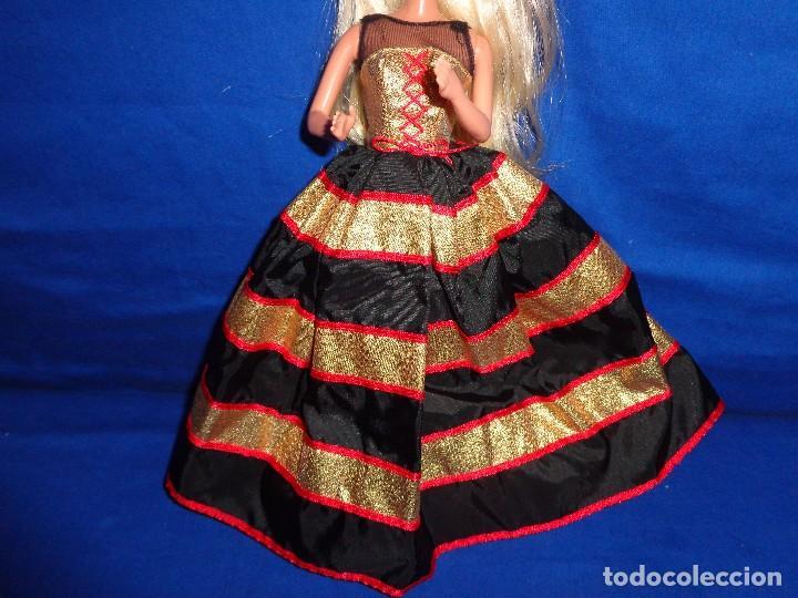 BARBIE - BONITO VESTIDO BARBIE COMO NUEVO, VER FOTOS Y DESCRIPCION! SM (Juguetes - Muñeca Extranjera Moderna - Barbie y Ken - Vestidos y Accesorios)