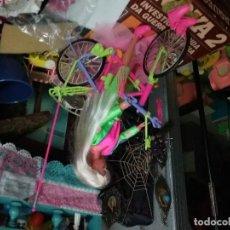 Barbie y Ken: BARBIE BICICLETA Y PATINES. Lote 106970803