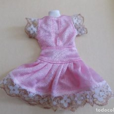 Barbie y Ken: VESTIDO PARA BARBIE . Lote 110037459
