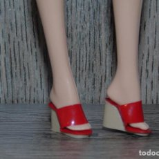 Barbie y Ken: PAR DE ZAPATOS PARA MUÑECA BARBIE TOP MODEL MODELO BASIC. Lote 110156963