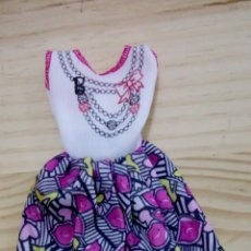 Barbie y Ken: VESTIDO BARBIE. Lote 110246771