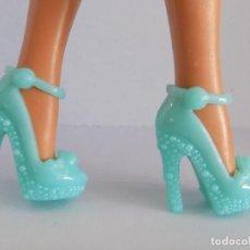 Barbie y Ken: ZAPATOS PARA BARBIE O SIMILAR.. Lote 112333059