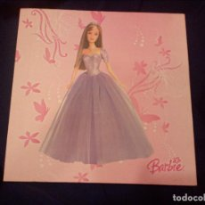 Barbie y Ken: PRECIOSO CUADRO,LIENZO DE BARBIE.. Lote 112980055