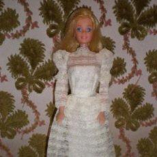 Barbie y Ken: VESTIDO DE NOVIA ORIGINAL DE BARBIE DEL AÑO 78 COMO NUEVO. Lote 121013175