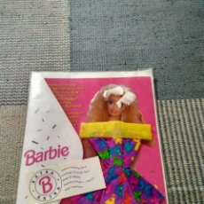 Barbie y Ken: VESTIDO BARBIE FASHION GREETING CARD AÑO 1994. Lote 121016263