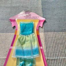 Barbie y Ken: VESTIDO BARBIE FASHION AVENUE AÑO 2002. Lote 121016995
