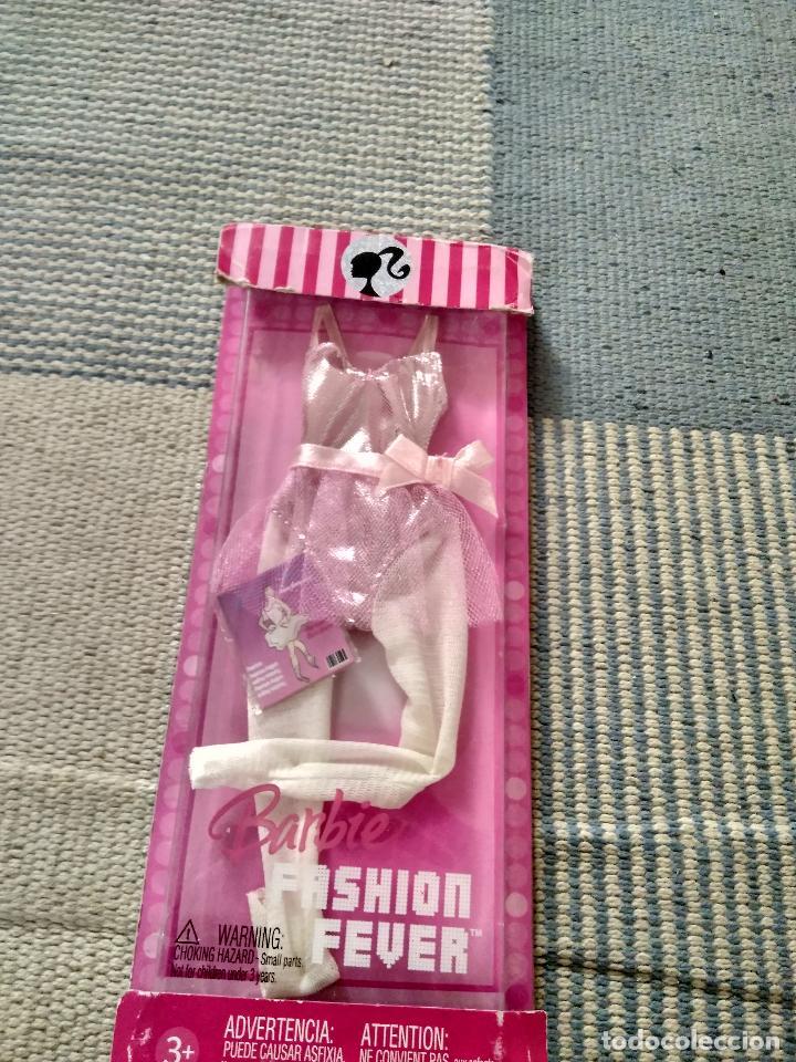 VESTIDO BARBIE FASHION FEVER AÑO 2006 (Juguetes - Muñeca Extranjera Moderna - Barbie y Ken - Vestidos y Accesorios)
