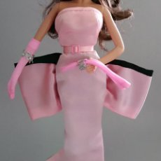 Barbie y Ken: VESTIDO LARGO BARBIE MARILYN MONROE. Lote 121811499