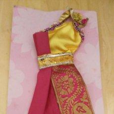 Barbie y Ken: BARBIE - VESTIDO - COLECCION EL MUNDO - AÑO 2000 - MATTEL. Lote 122155127
