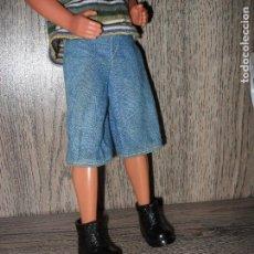 Barbie y Ken: ZAPATOS DE MUÑECO KEN BARBA MAGICA MATTEL BARBIE. Lote 122301071