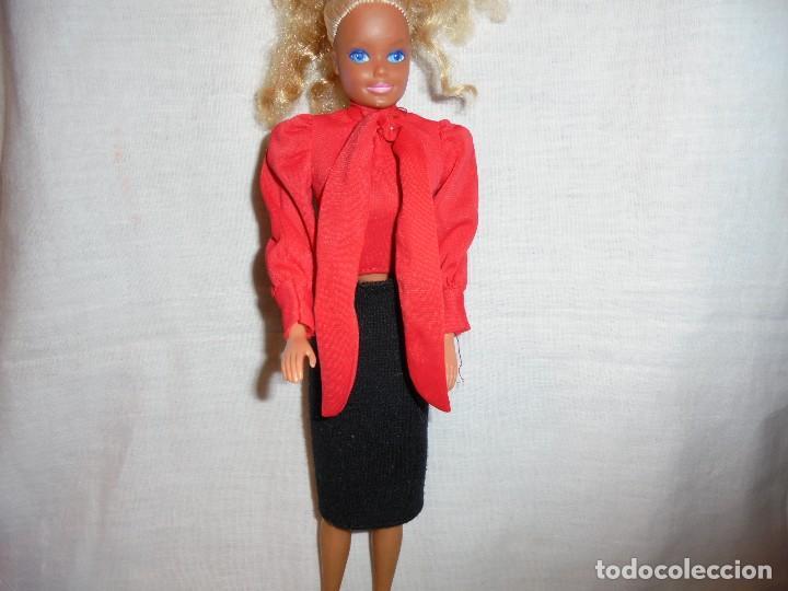BARBIE CONJUNTO SALON EPOCA MATTEL MADE IN SPAIN (Juguetes - Muñeca Extranjera Moderna - Barbie y Ken - Vestidos y Accesorios)