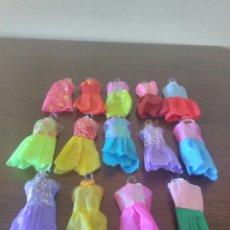 Barbie y Ken: VESTIDO MUÑECA TIPO, ESCALA BARBIE. Lote 127901511