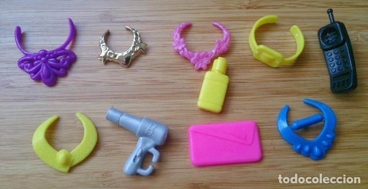Barbie y Ken: Lote accesorios vintage muñeca Barbie Sindy collares - Foto 2 - 129697927