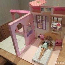 Barbie y Ken: BARBIE CASA MÁGICA AÑOS 90, DESPLEGABLE, CON LUZ.. Lote 180239868