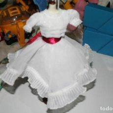 Barbie y Ken: BARBIE COLECCION SALVAT VESTIDOS INOLVIDABLES . Lote 133142886