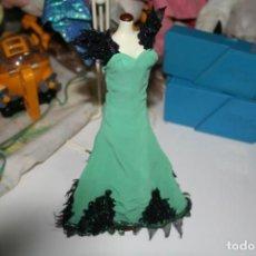 Barbie y Ken: BARBIE COLECCION SALVAT VESTIDOS INOLVIDABLES . Lote 133143142