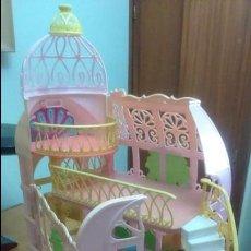Barbie y Ken: CASTILLO CASA PALACIO INVERNADERO DEL JARDÍN DEL CASTILLO MATTEL PRINCESA DE LA ISLA MUÑECA BARBIE. Lote 133220614