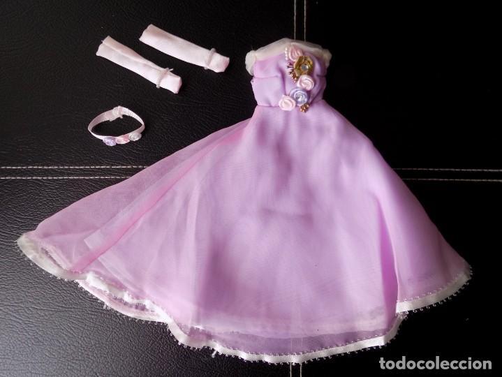 VESTIDO CONJUNTO COMPLETO COLECCIÓN BARBIE POR EL MUNDO, RBA, AUSTRIA (Juguetes - Muñeca Extranjera Moderna - Barbie y Ken - Vestidos y Accesorios)