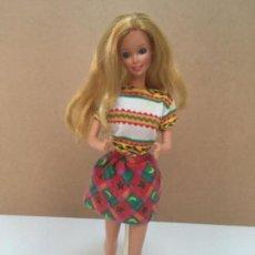 Barbie y Ken: CONJUNTO BARBIE BENETTON AÑOS 90. Lote 133963094
