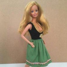 Barbie y Ken: VESTIDO VINTAGE PARA BARBIE AÑOS 70. Lote 133963222