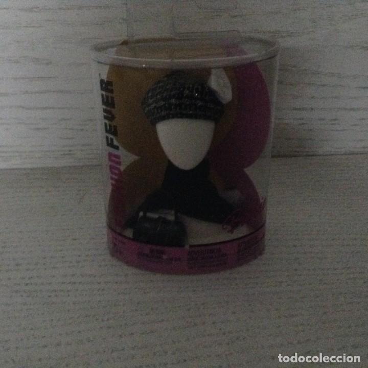 BARBIE FASHION FEVER,GORRO-BOLSO. (Juguetes - Muñeca Extranjera Moderna - Barbie y Ken - Vestidos y Accesorios)