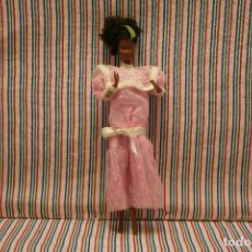 Barbie y Ken: BARBIE, VESTIDO. Lote 136255674