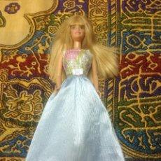 Barbie y Ken: PRECIOSO VESTIDO DE FIESTA PARA BARBIE Y MUÑECAS SIMILARES. Lote 136416142