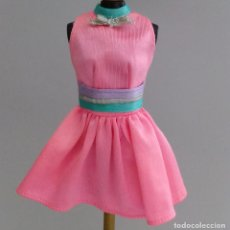 Barbie y Ken: ROPA BARBIE VESTIDO CORTO GENUINE. Lote 140196074