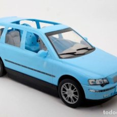 Barbie y Ken: COCHE BARBIE VOLVO V70. MATTEL 2003. Lote 137865130