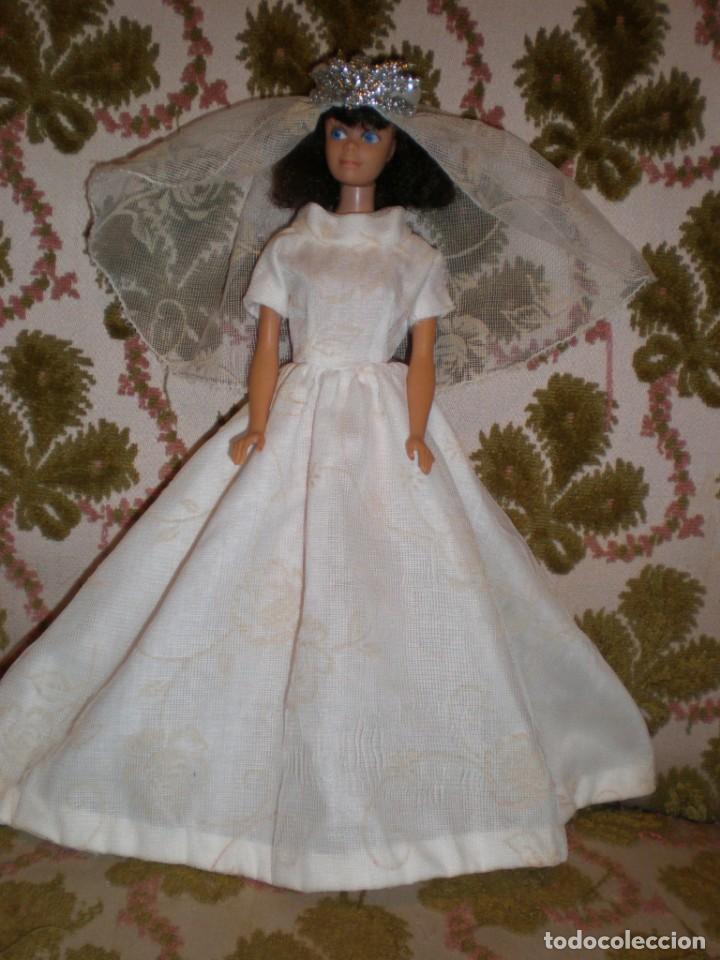 Vestidos de novia y velo