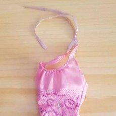Barbie y Ken: == J51 - VESTIDITO ROSA DE LA BARBIE. Lote 139361842