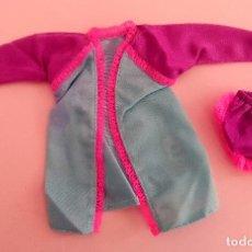 Barbie y Ken: BARBIE CONJUNTO DOS PIEZAS GENUINE . Lote 140196366