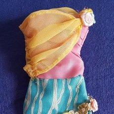 Barbie y Ken: == P39 - BONITO VESTIDO DE LA BARBIE. Lote 140206658