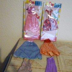 Barbie y Ken: LOTE DE 6 PRECIOSOS VESTIDOS NUEVA COLECCION DELUXE CON SUS ACCESORIOS MAS ZAPATOS - NUEVOS SIN USAR. Lote 140215378