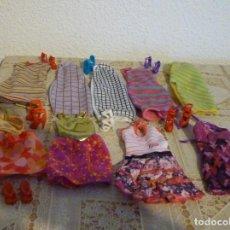 Barbie y Ken: LOTE DE 9 PRECIOSOS VESTIDOS NUEVA COLECCION FASHIONISTA MAS ZAPATOS - NUEVOS SIN USAR. Lote 140217626