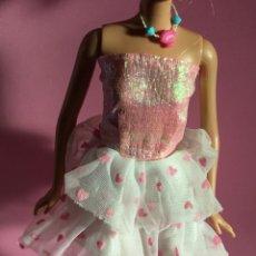 Barbie y Ken: VESTIDO CORAZONES PARA BARBIE. Lote 142878648