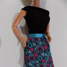 Barbie y Ken: VESTIDO BARBIE. Lote 142961714