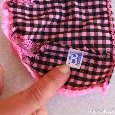Barbie y Ken: CAMISA DE CUADROS Y ENCAJE DE BARBIE. Lote 143147602