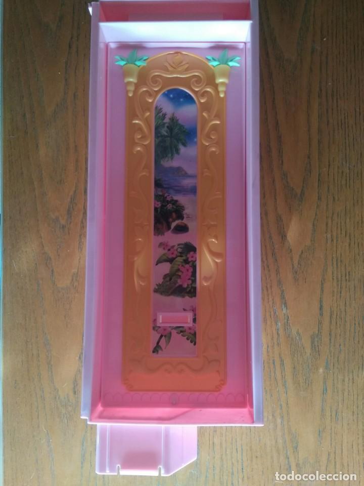Barbie y Ken: Lateral castillo Barbie Princesa de los animales - Island Princess - Mattel, 2007 - Foto 2 - 144055350