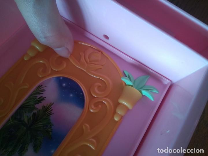 Barbie y Ken: Lateral castillo Barbie Princesa de los animales - Island Princess - Mattel, 2007 - Foto 3 - 144055350