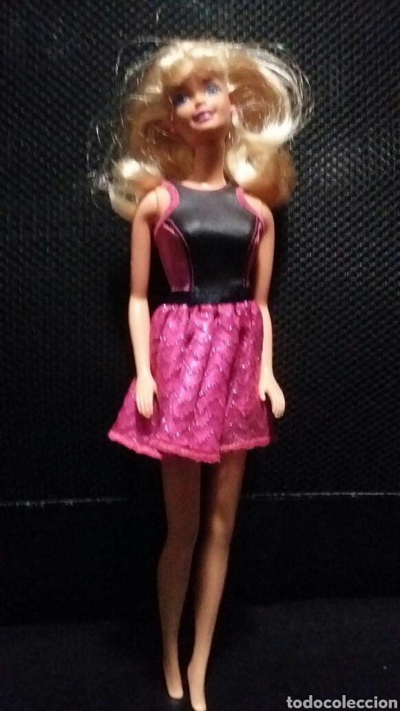 Vestido Rosa Y Negro De Barbie