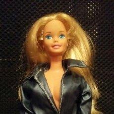 Barbie y Ken: CHAQUETA AMERICANA PARA BARBIE ABRIGO. Lote 144171752