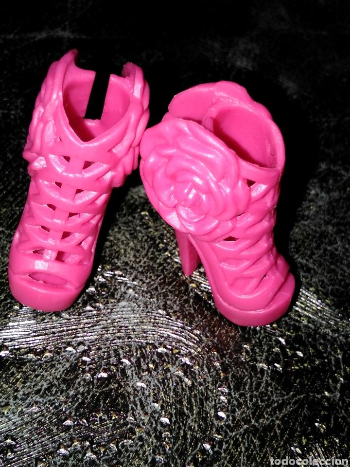 Barbie y Ken: Zapatos barbie fashionistas rosas - Foto 3 - 144385889