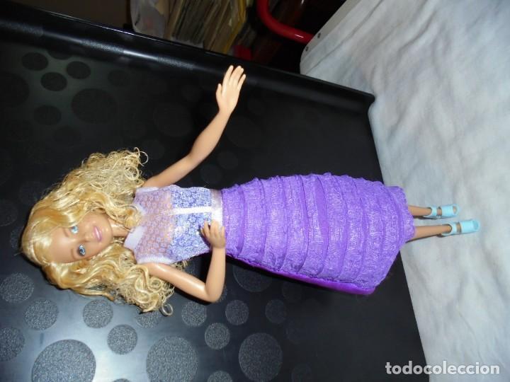 Barbie y Ken: VESTIDO BARBIE ?MUÑECA NO INCLUIDA - Foto 6 - 145423306