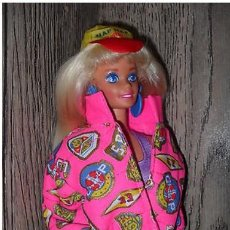 Barbie y Ken: MUÑECA BARBIE MATTEL NAF NAF CON ACCESORIOS. Lote 148860686