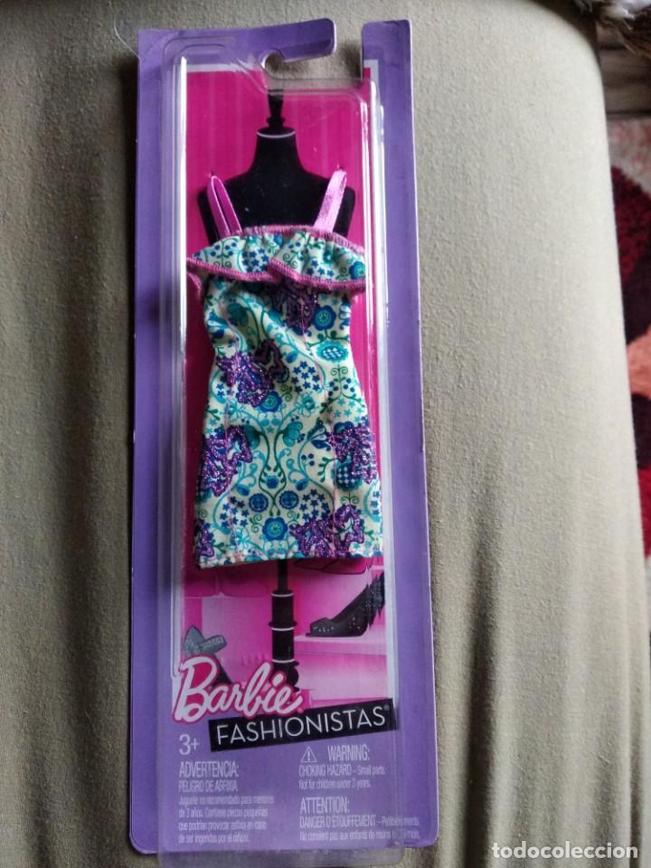 TRAJE BARBIE FASHIONISTAS MATTEL. SIN ABRIR (Juguetes - Muñeca Extranjera Moderna - Barbie y Ken - Vestidos y Accesorios)