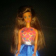 Barbie y Ken: VESTIDO MUÑECA BARBIE DE UN BLISTER. Lote 149413745