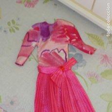 Barbie y Ken: BARBIE Y KEN - VESTIDO FUCSIA VINTAGE - CONGOST. Lote 149918222