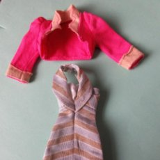 Barbie y Ken: VESTIDO DE BARBIE Y CAZADORA . Lote 150214582