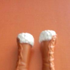 Barbie y Ken: BOTAS BARBIE. Lote 153477993